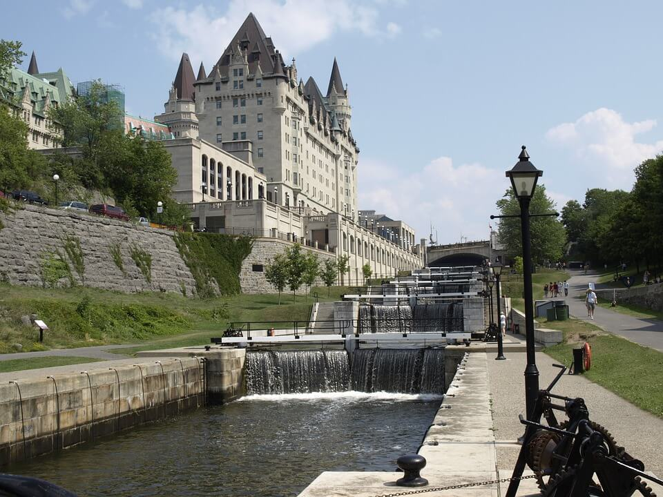 Independent living in Ottawa is an amazing opportunity to discover what the city has to offer.